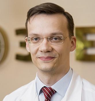 Арсланов Глеб Маратович детский окулист в офтальмологический центр Зрение