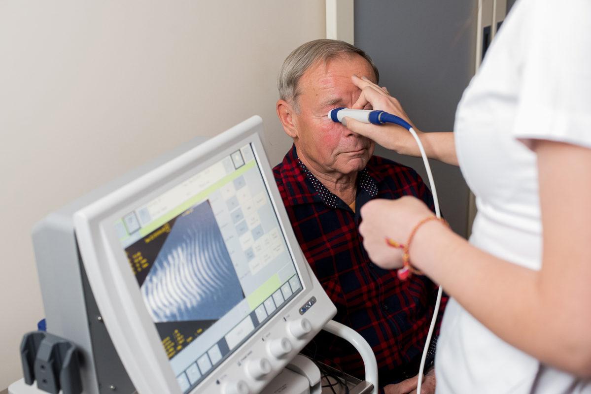 Ультразвуковой аппарат Tomey UD -8000 для В-сканирования с биопахиметром AL-4000 офтальмологический центр зрение клиника санкт-петербург