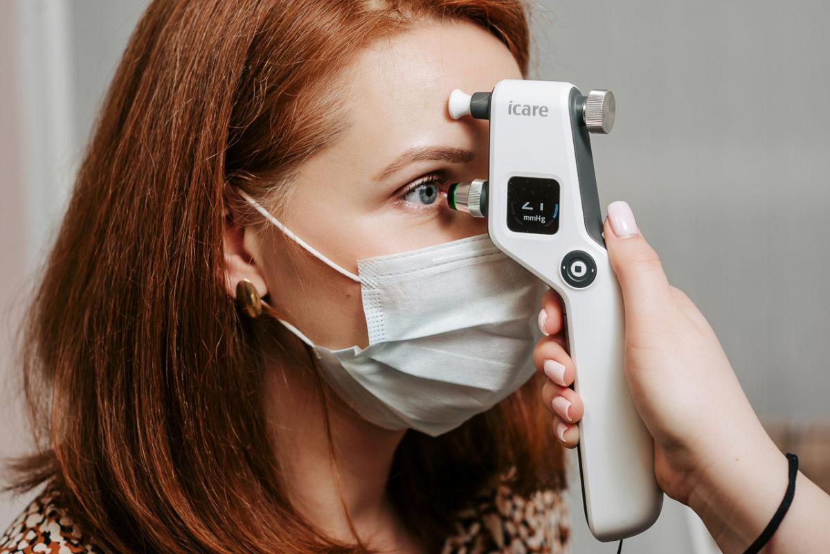 Контактный тонометр ICARE ic-100 (Tomey), проверка внутриглазного давления в клинике Зрение СПб, вгд, глаукома девление в глазу